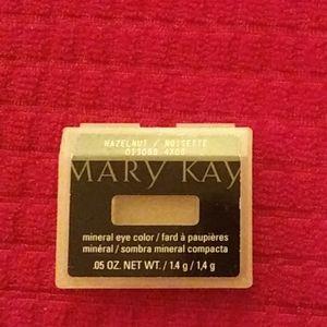 Mary Kay Hazelnut Eyeshadow.